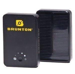 Brunton Powerpack Ember 2800 varavirtalähde aurinkopaneeli