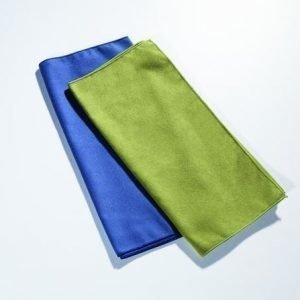 Cocoon Microfiber Towel matkapyyhe useita värejä