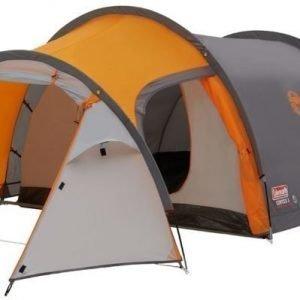 Coleman Cortes 3 kolmen hengen teltta