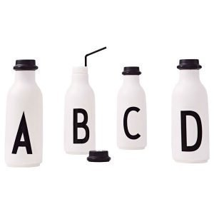 Design Letters Arne Jacobsen D Juomapullo