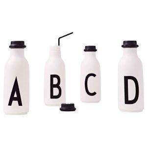 Design Letters Arne Jacobsen O Juomapullo