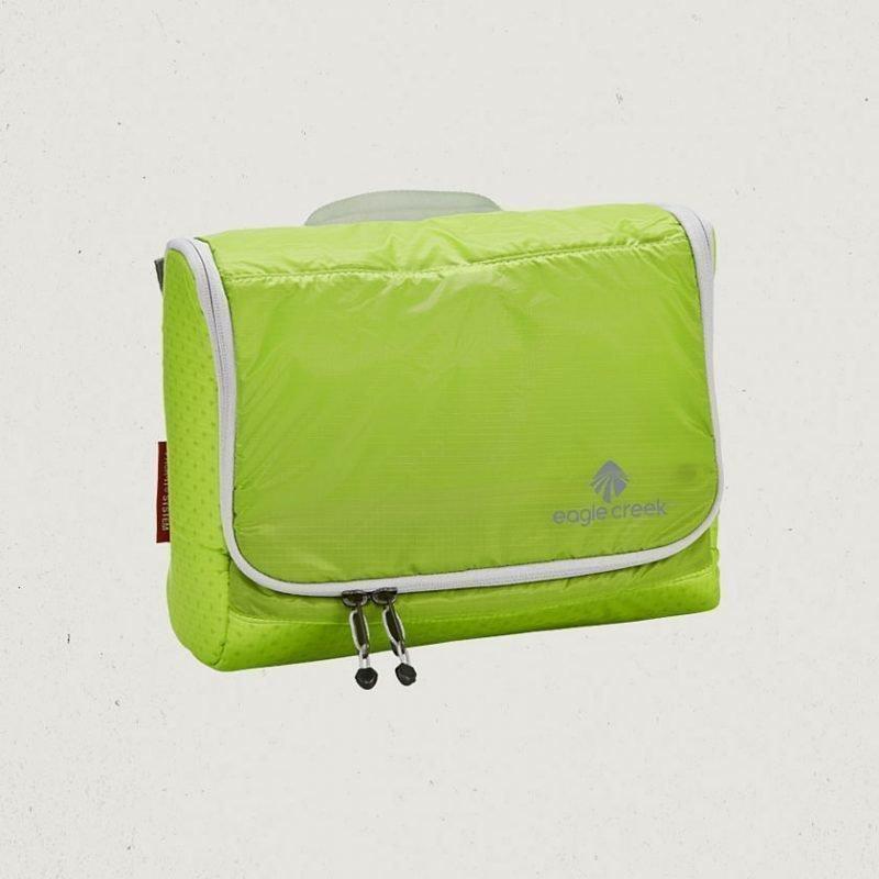 Eagle Creek Pack-It Specter On Board toilettilaukku useita värejä