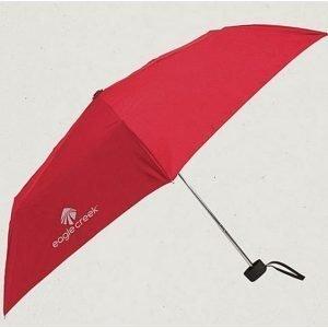Eagle Creek Rainaway matkasateenvarjo punainen