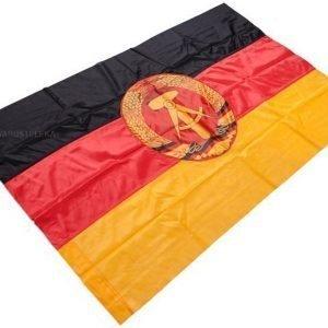 Itä-Saksan lippu ylijäämä