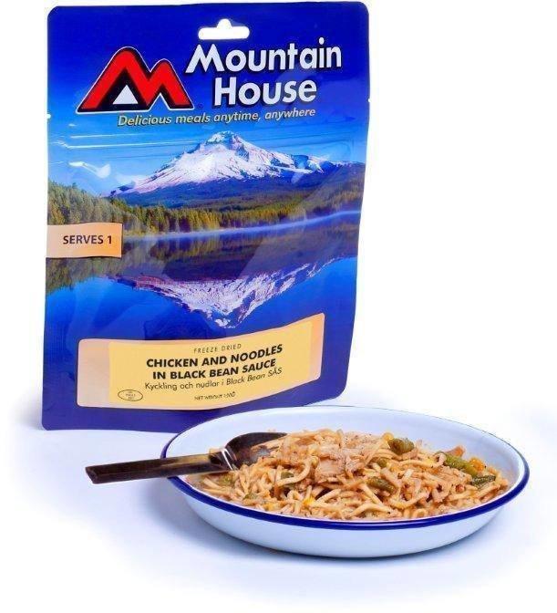 Mountain House Kanaa ja nuudeleita kasviksilla
