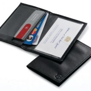 Nahkakotelo Swisscardille