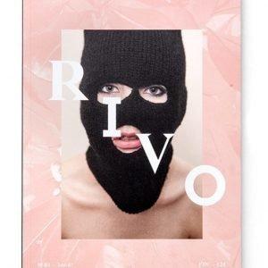 RIVO-lehti neitsytnumero