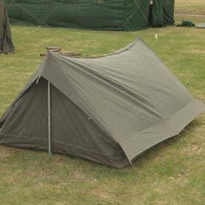 Ranskalainen kahden hengen teltta oliivinvihreä ylijäämä