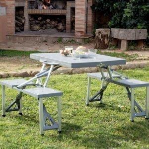 Retkipöytä ja tuolit Neljälle