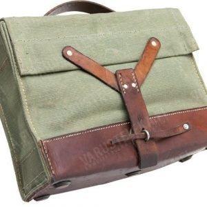 Sveitsiläinen herrasmiehen lipaslaukku ylijäämä