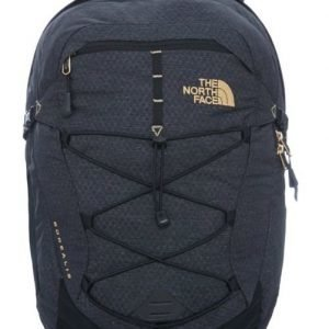 The North Face Women's Borealis backpack musta