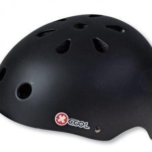X-Cool musta pyöräilykypärä säätöpannalla